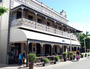 South bank Queenslander hotel